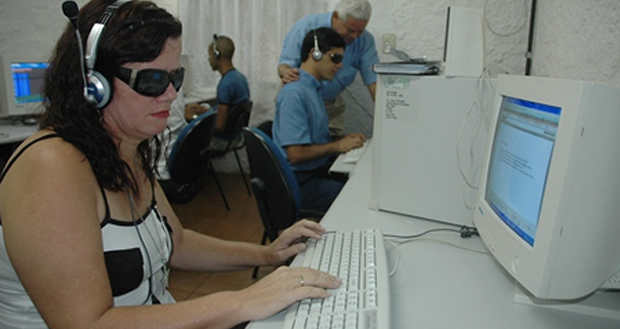 Tecnologia para pessoas com deficiência
